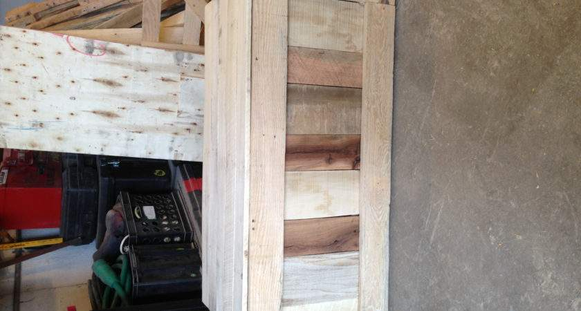 Another Toybox Made Out Pallet Wood Building Things Pinterest