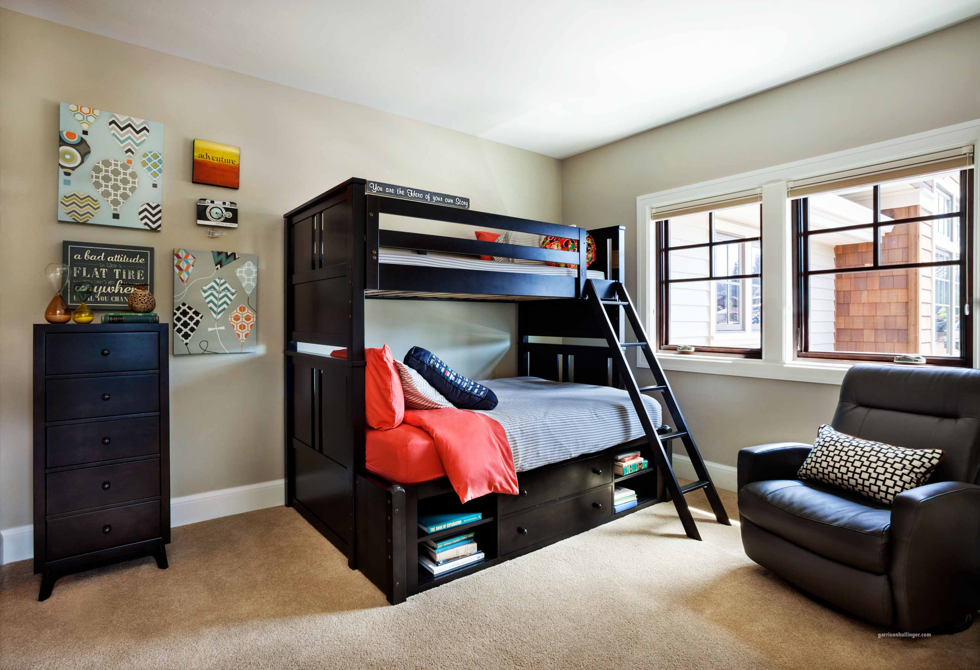 Cool Bunk Bed Ideas Gray Wall Paint Black Ladder Brilliant Beds