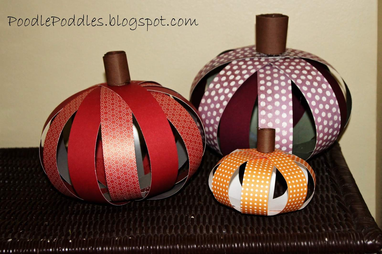 Cut Strips Patterned Paper Form Into Circle Shown