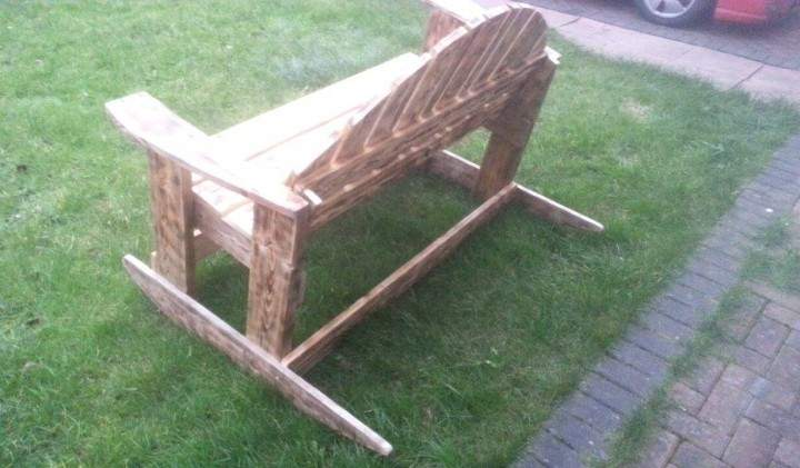 Recycled Pallet Rocking Bench Ideas