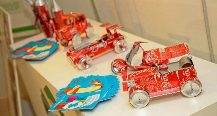 School Exhibition Toys Made Out Waste Materials Interestings